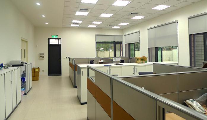 Đèn tiết kiệm điện tại nơi làm việc nên sử dụng như thế nào